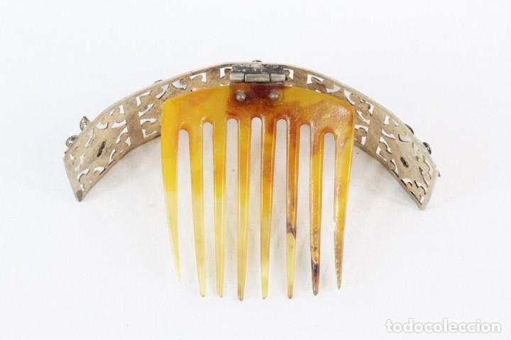 Antigüedades: Preciosa peineta tiara isabelina s XIX. Montaje de bisagra articulado, metal cincelado. - Foto 8 - 212501965