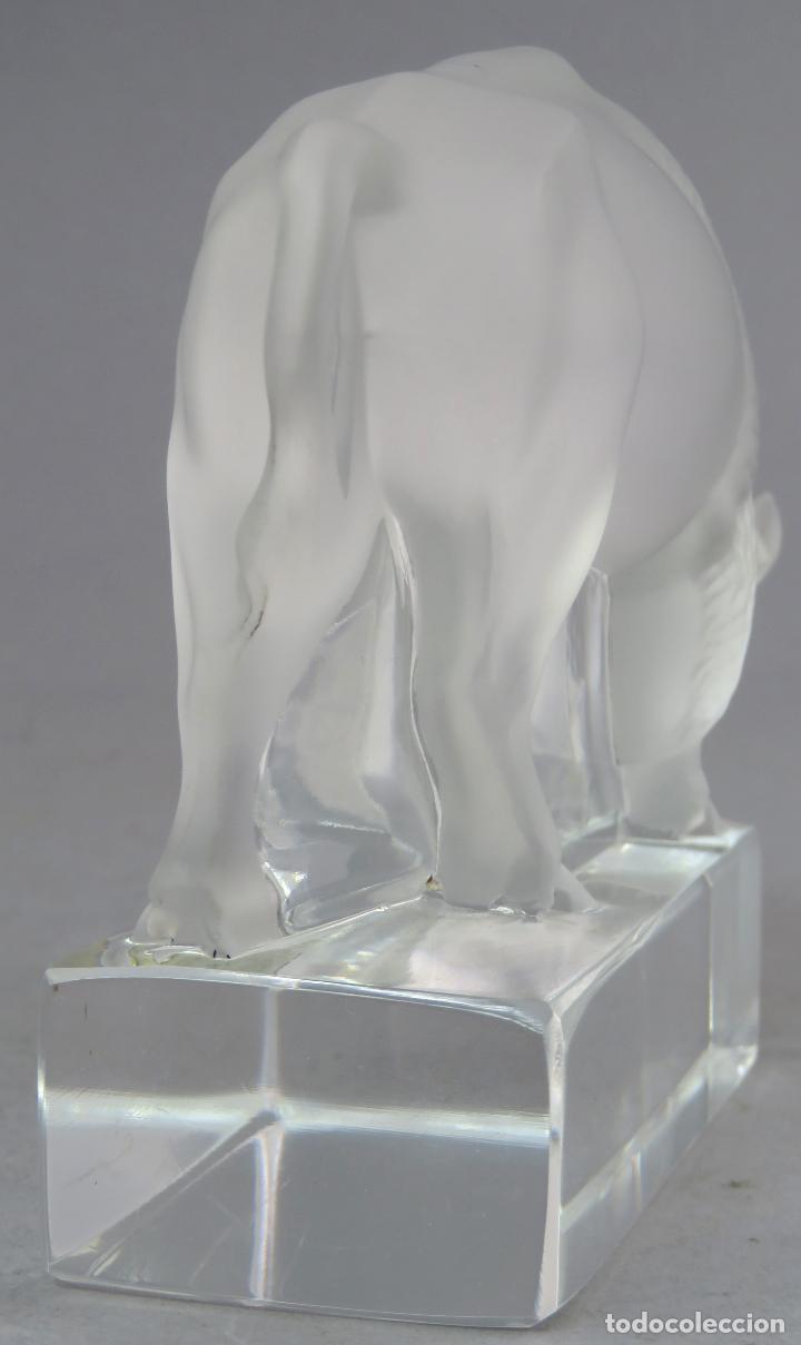 Antigüedades: Bisonte en vidrio prensado cristal glace tallado Lalique Francia siglo XX - Foto 4 - 212604586