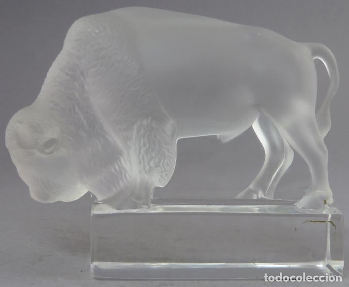 BISONTE EN VIDRIO PRENSADO CRISTAL GLACE TALLADO LALIQUE FRANCIA SIGLO XX (Antigüedades - Cristal y Vidrio - Lalique )