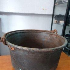 Antigüedades: CALDERA DE COBRE CON ASA DE HIERRO FORJADO.. Lote 212633348