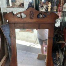 Antigüedades: ESPEJO MODERNISTA EN MADERA. Lote 212718643