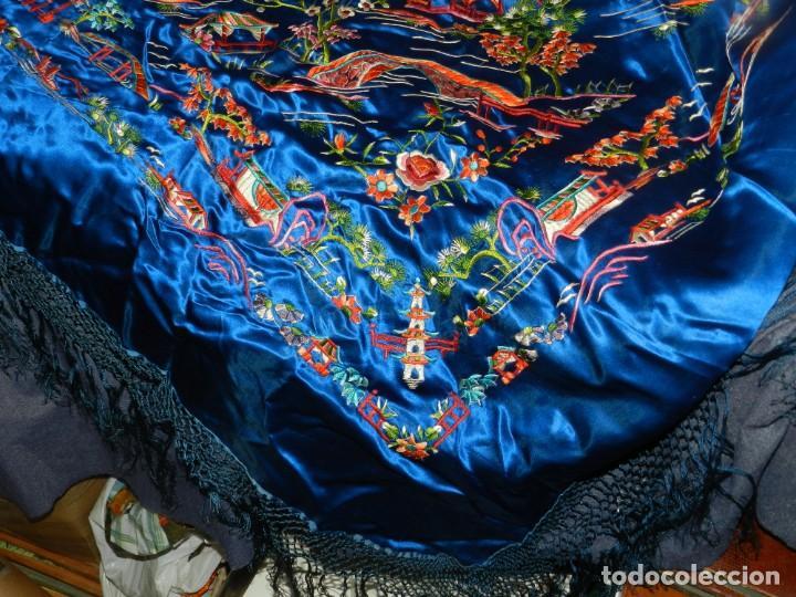 Antigüedades: (M) MANTÓN DE MANILA ESCENA CHINA DE COLOR AZUL, 140X140CM, BUEN ESTADO - Foto 2 - 212750905