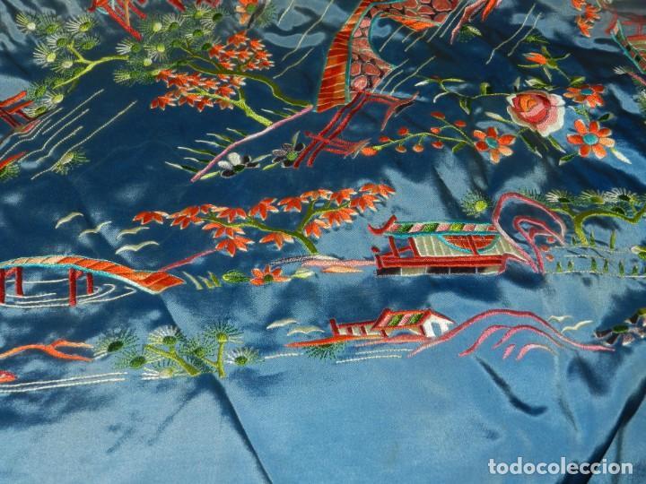 Antigüedades: (M) MANTÓN DE MANILA ESCENA CHINA DE COLOR AZUL, 140X140CM, BUEN ESTADO - Foto 9 - 212750905