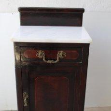 Antiquités: MESILLA MARQUETERIA ANTIGUA CON TABLERO DE MARMOL. Lote 212777722