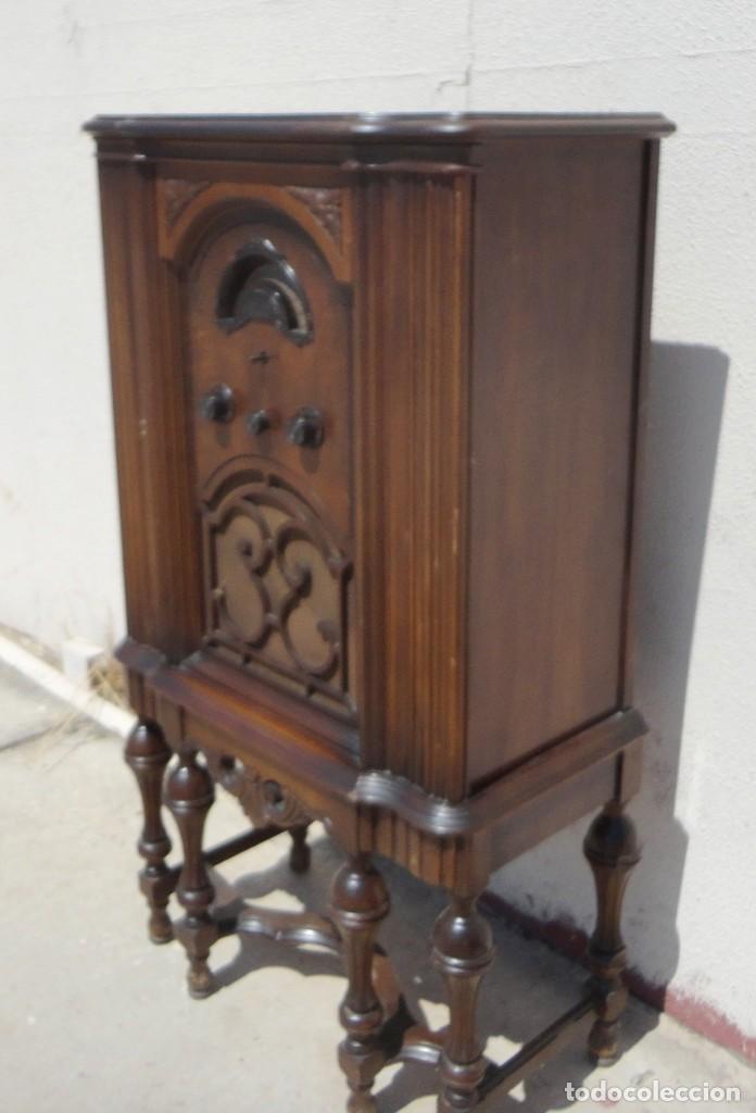 Antigüedades: Mueble radio, marca Pilot de Barcelona 112 de alto - Foto 8 - 212798848