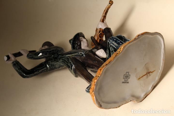 Antigüedades: FIGURA MUSICOS PORCELANA VICTOR DE NALDA VALENCIA - Foto 4 - 268862949