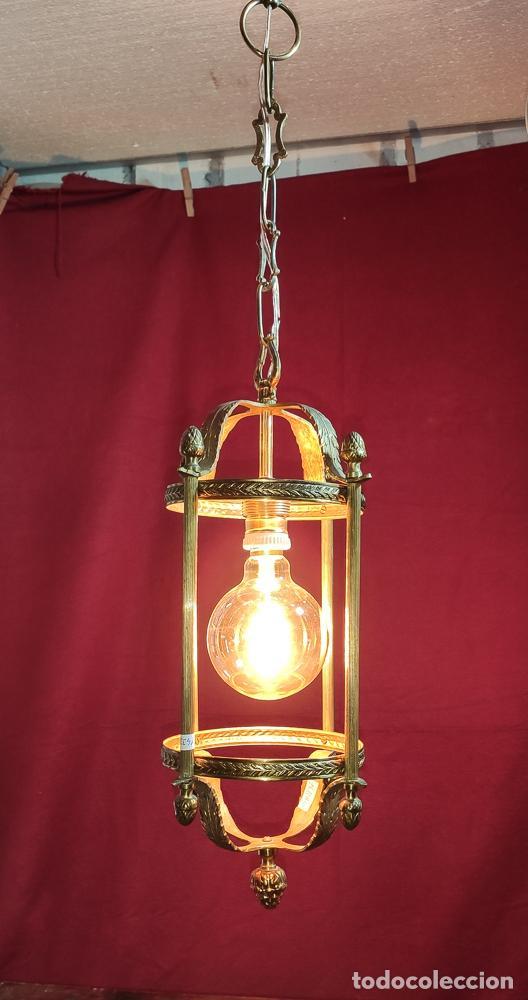 Antigüedades: EXCELENTE LAMPARA, FAROL DE BRONCE, LUZ,, REGALO BOMBILLA LED VINTAGE - Foto 2 - 212083832
