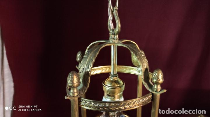 Antigüedades: EXCELENTE LAMPARA, FAROL DE BRONCE, LUZ,, REGALO BOMBILLA LED VINTAGE - Foto 4 - 212083832