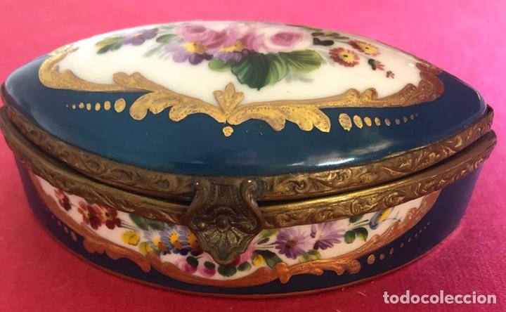 Antigüedades: Antigua caja de porcelana Francesa, de colección. - Foto 6 - 212900052
