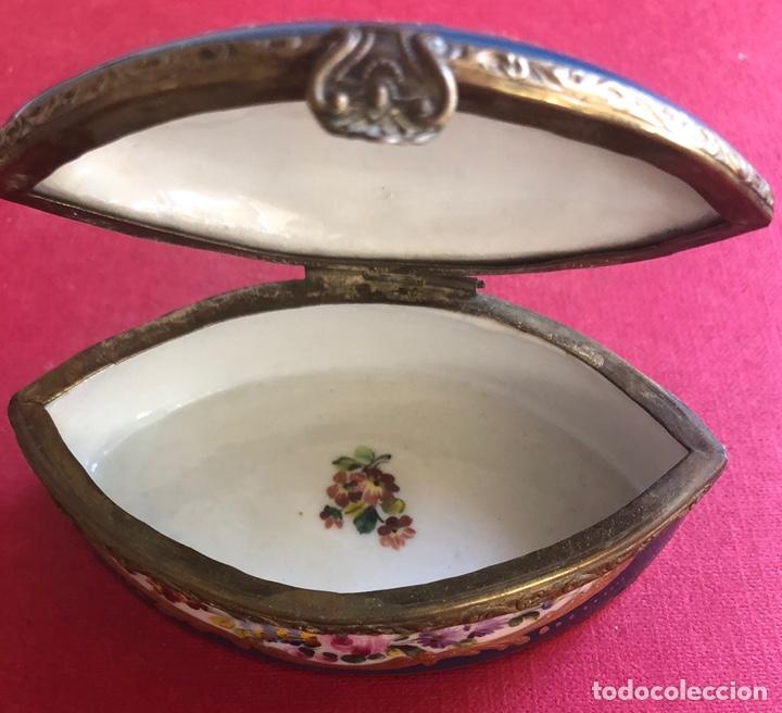 Antigüedades: Antigua caja de porcelana Francesa, de colección. - Foto 7 - 212900052