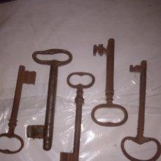 Antigüedades: LOTE DE 5 LLAVES ANTIGUAS. Lote 212907355