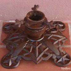 Antigüedades: MAGNIFICO ANTIGIO PIE SOPORTE BASE PARA SOMBRILLA PARASOL – DE HIERRO LABRADO FORJADO FUNDICION. Lote 212926310