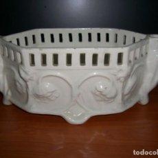Antigüedades: PEQUEÑA JARDINERA EN CERÁMICA. Lote 212929142