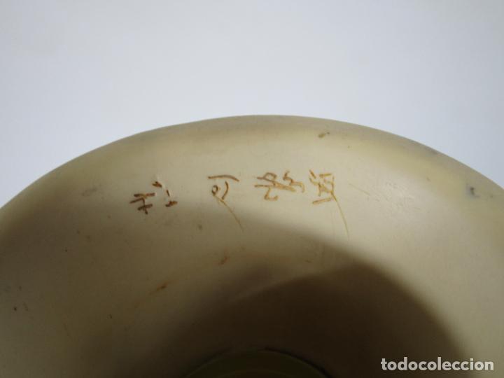 Antigüedades: Pareja de Jarrones - Marfilina - Fina Talla Oriental - con Sello - Altura 30 cm - Foto 7 - 212951681