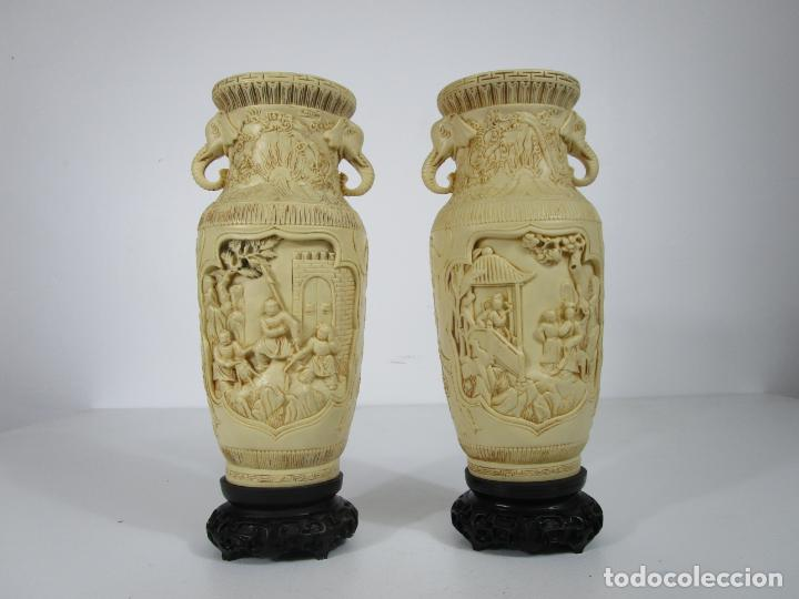 Antigüedades: Pareja de Jarrones - Marfilina - Fina Talla Oriental - con Sello - Altura 30 cm - Foto 14 - 212951681