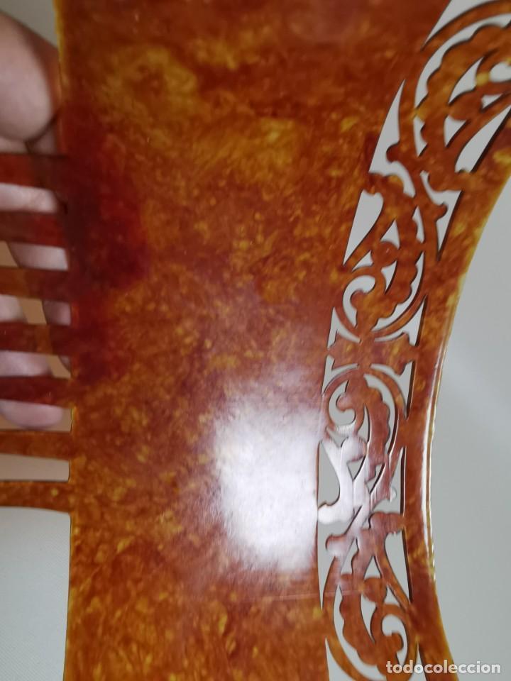 Antigüedades: PEINETA GRAN TAMAÑO CELULOIDE JASPEADO AÑOS 20-30 ART DECO - Foto 8 - 212988157