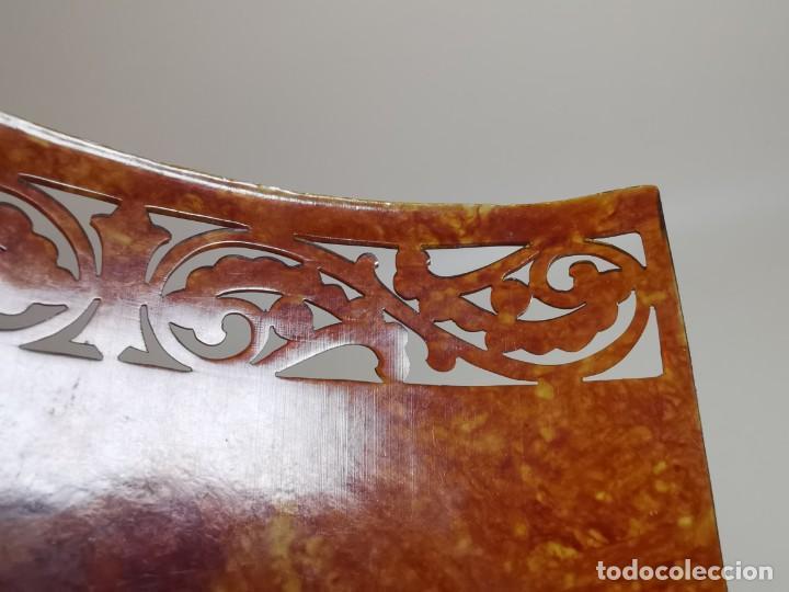 Antigüedades: PEINETA GRAN TAMAÑO CELULOIDE JASPEADO AÑOS 20-30 ART DECO - Foto 14 - 212988157