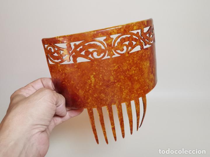 PEINETA GRAN TAMAÑO CELULOIDE JASPEADO AÑOS 20-30 ART DECO (Antigüedades - Moda - Peinetas Antiguas)