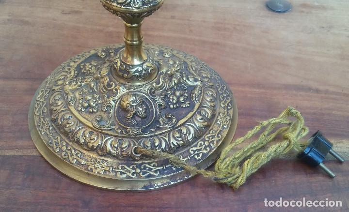 Antigüedades: ANTIGUA LÁMPARA DE BRONCE 4 LUCES TIPO VELÓN, GRAN DECORACIÓN, CABALLERO CON ARMADURA. - Foto 9 - 212994860