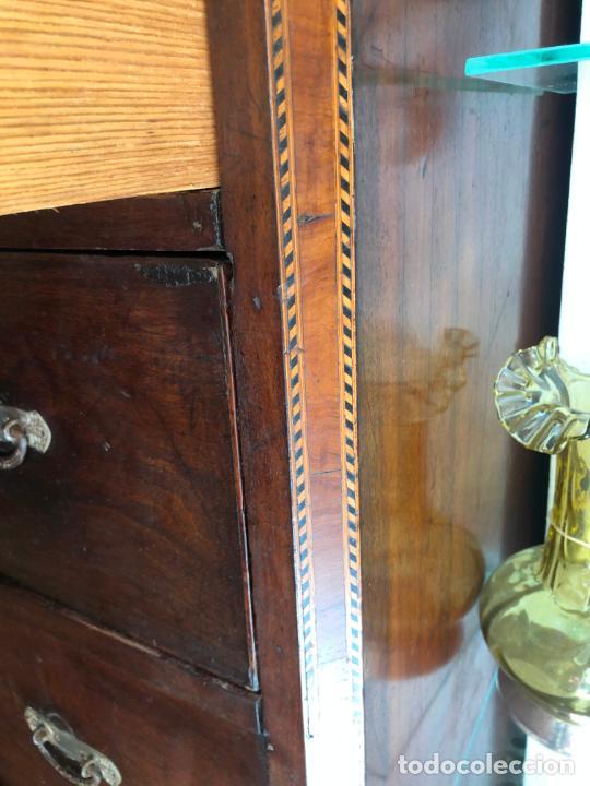 Antigüedades: FANTASTICA COMODA DE CAOBA SIGLO XIX CON PRECIOSA TARACEA EN LOS CANTOS - MEDIDA 121X106X57 CM - Foto 19 - 212998570