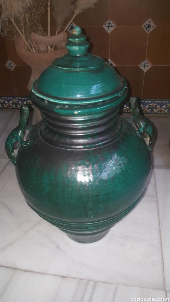 ANFORA BAÑADA EN VERDE CON ASAS DE LAGARTO (Antigüedades - Porcelanas y Cerámicas - Úbeda)