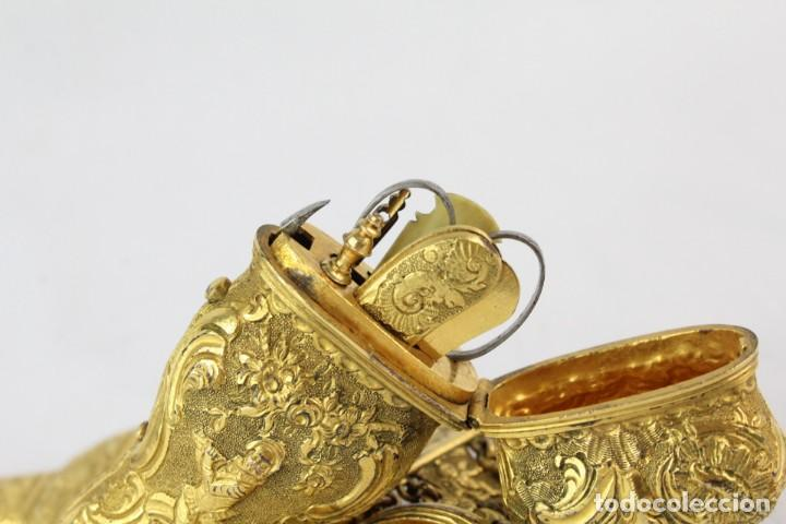 Antigüedades: Espectacular chatelaine de principios del s XIX, época Imperio, enseres de costura. Ormulú, marfil. - Foto 17 - 213051027