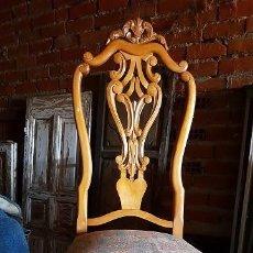 Antigüedades: JUEGO DE CINCO SILLAS DE BONITO DISEÑO.. Lote 213094407