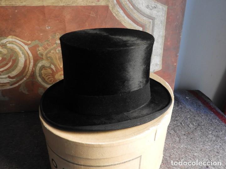 Antigüedades: IMPECABLE SOMBRERO DE COPA DE PIEL DE FOCA CON CAJA - Foto 5 - 213112770