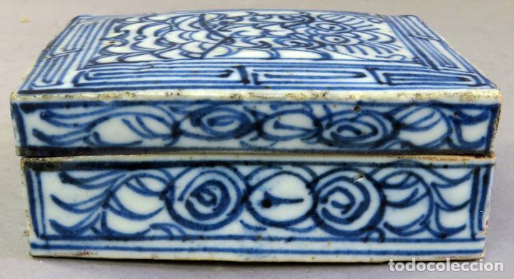 Antigüedades: Caja de cerámica China Blue and white pintada en azul con decoración geométrica siglo XIX - Foto 3 - 213233422