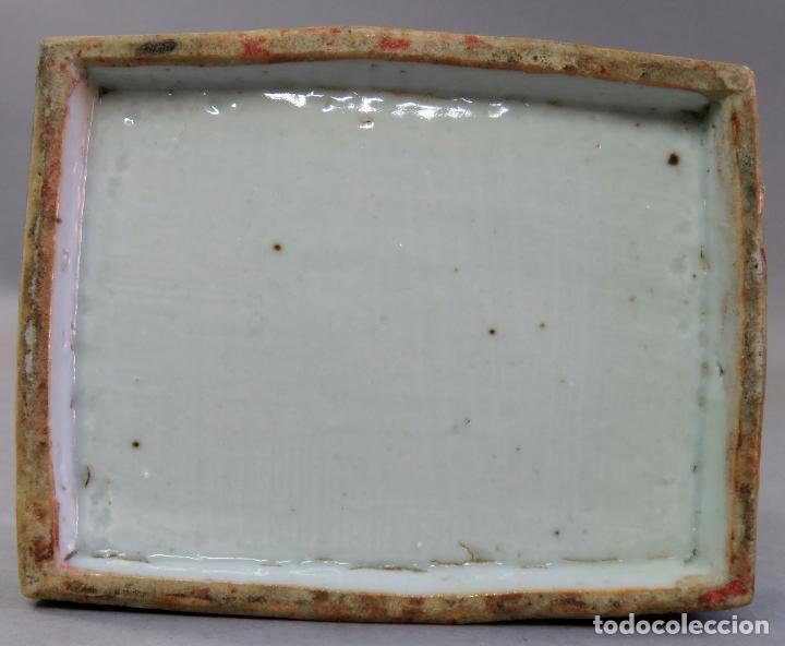 Antigüedades: Caja de cerámica China Blue and white pintada en azul con decoración geométrica siglo XIX - Foto 6 - 213233422