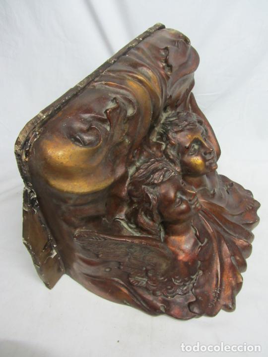 Antigüedades: Mensula o peana modernista en estuco dorado al oro viejo - Foto 5 - 213248607