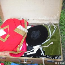 Antigüedades: LOTE ROPA ANTIGUA INFANTIL SIGLO XIX AL 20, VACIADO CASA HOY,. Lote 213269865