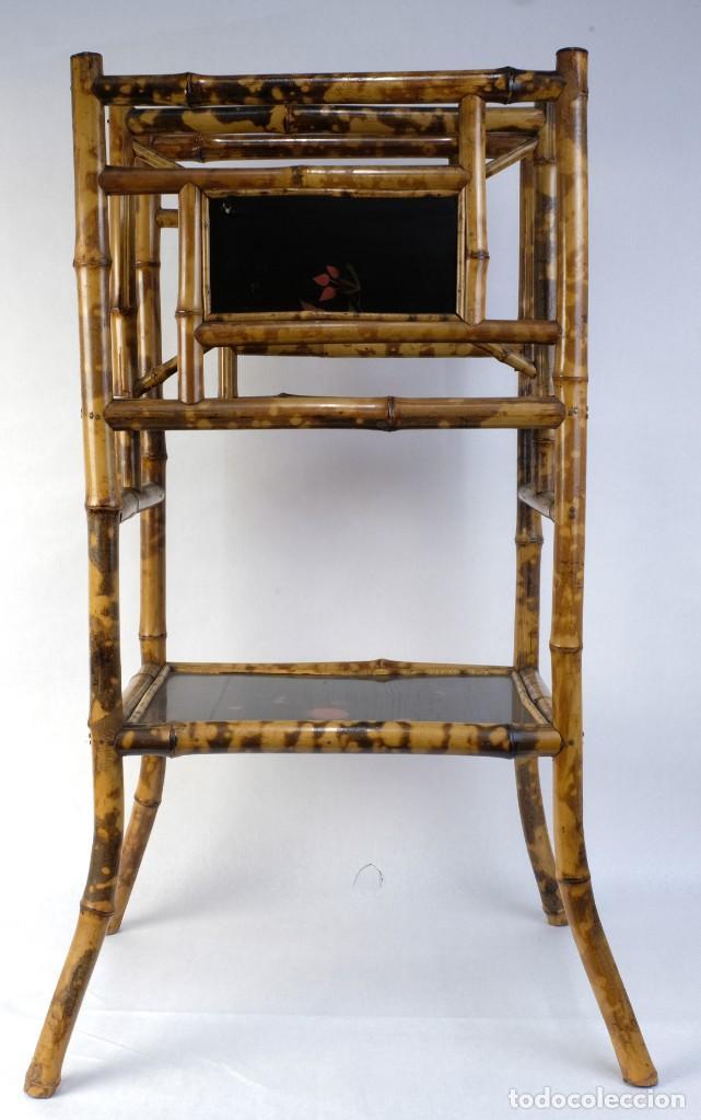 MUEBLE REVISTERO JAPONÉS EN BAMBÚ Y LACA PRINCIPIOS SIGLO XX (Antigüedades - Muebles Antiguos - Revisteros Antiguos)