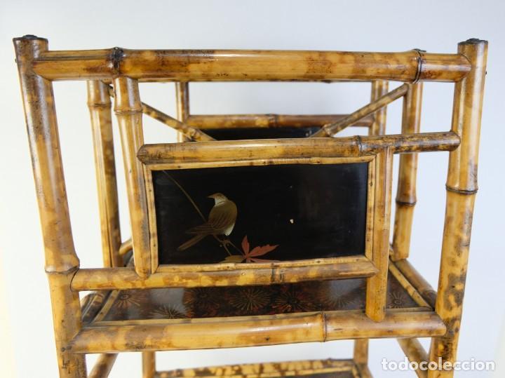 Antigüedades: Mueble revistero japonés en bambú y laca principios siglo XX - Foto 8 - 238250545