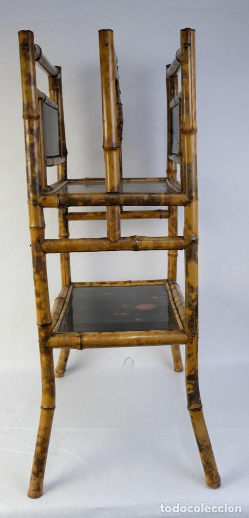 Antigüedades: Mueble revistero japonés en bambú y laca principios siglo XX - Foto 10 - 238250545