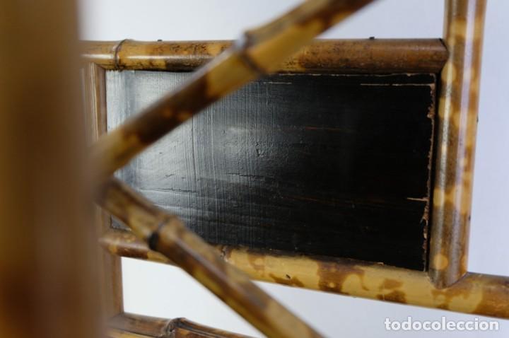 Antigüedades: Mueble revistero japonés en bambú y laca principios siglo XX - Foto 6 - 238250545