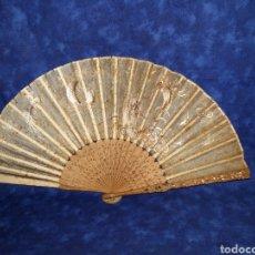 Antiquités: ABANICO JAPONÉS SIGLO XIX EN MADERA DE SÁNDALO. Lote 213280491
