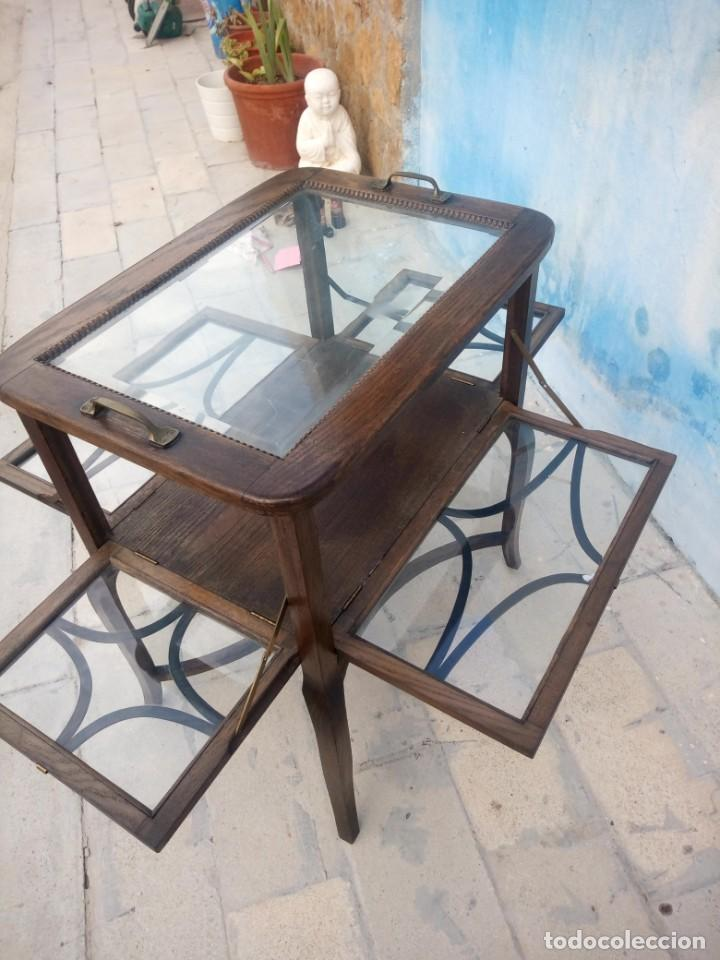 Antigüedades: Antigua mesa expositor de madera de roble,siglo xix.abre las 4 puertas. - Foto 7 - 213283648