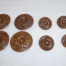Oggetti Antichi: ROSETONES DE MADERA TALLADA PARA MUEBLE O PUERTA.9 Y 6 CM.. Lote 213289376