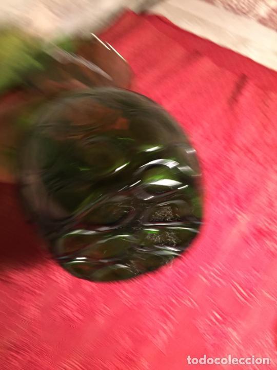 Antigüedades: Antiguo jarrón / florero de soplado a mano de los años 60 - Foto 8 - 213289908