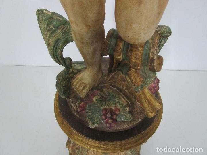 Antigüedades: Bonita Lámpara de Pie - Ángel Torchero - Talla de Madera Policromada - Altura 175 cm -Mediados S. XX - Foto 5 - 213388491