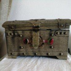 Antigüedades: CAJA DE MADERA JOYERO, MUSICAL. Lote 213408235