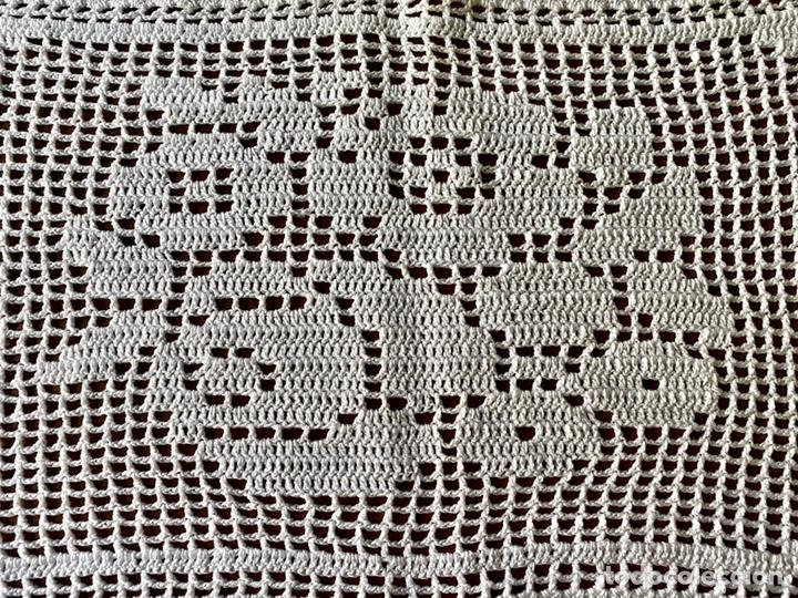 Antigüedades: Lote de dos Piezas tapete ganchillo - Foto 5 - 213416207