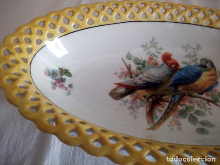 Antigüedades: Antigua fuenta calada de porcelana bavaria schumann 1918 - 1929 - Foto 4 - 213436466