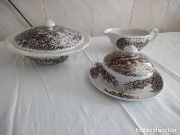 Antigüedades: Lote de 3 piezas de porcelana bridge scene crown ducal,england,legumbrera,mantequillera y salsera. - Foto 2 - 213438255