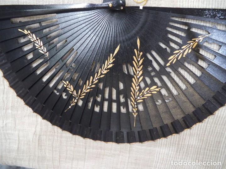 Antigüedades: ABANICO NEGRO -CARBONELL- - Foto 6 - 213438942