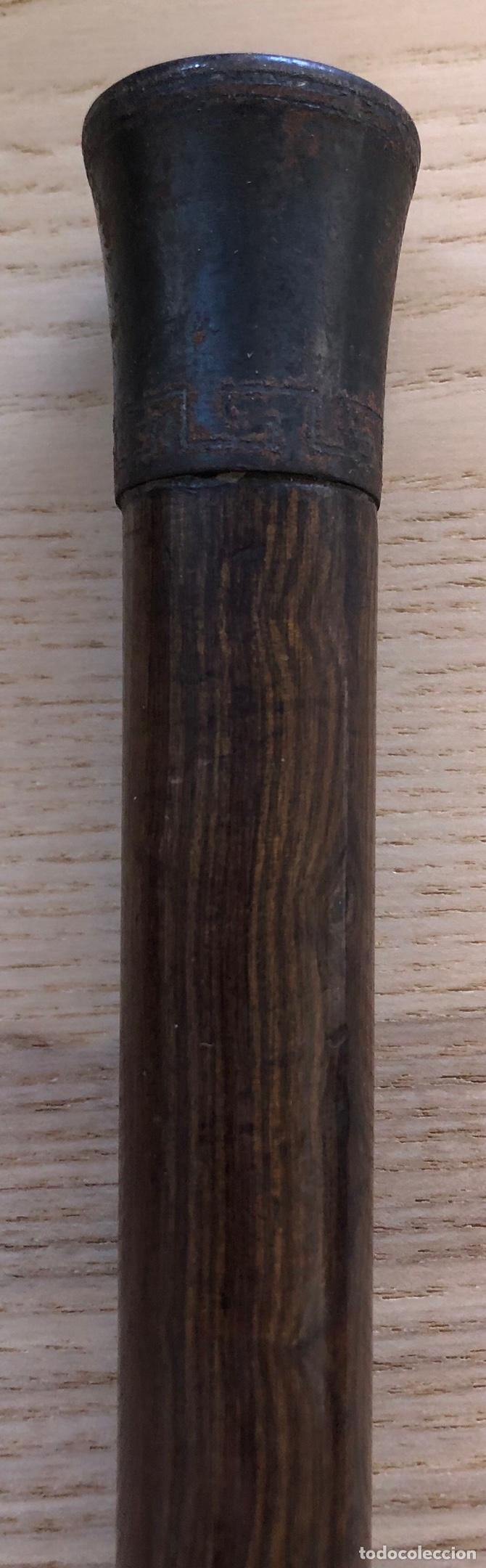 Antigüedades: Antigua Baston, con empuñadura en hierro, y vara de madera noble. Pps. S.XX. - Foto 6 - 213470000