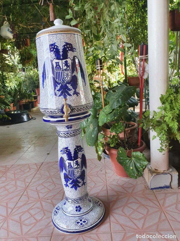 ANTIGUO AGUAMANIL,POSIBLEMENTE DE MANISES (Antigüedades - Porcelanas y Cerámicas - Otras)