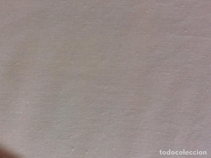 Antigüedades: Impresionante bordado de convento en sabana y almohadón bordeada de tira bordada. Año 1975 - Foto 21 - 213537041