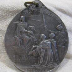 Antigüedades: MEDALLA VII CENTENARIO DEL DESCENSO DE LA SANTISIMA VIRGEN A BARCELONA, 1218 - 1918. DIÁM. 3,5 CM. Lote 213540388